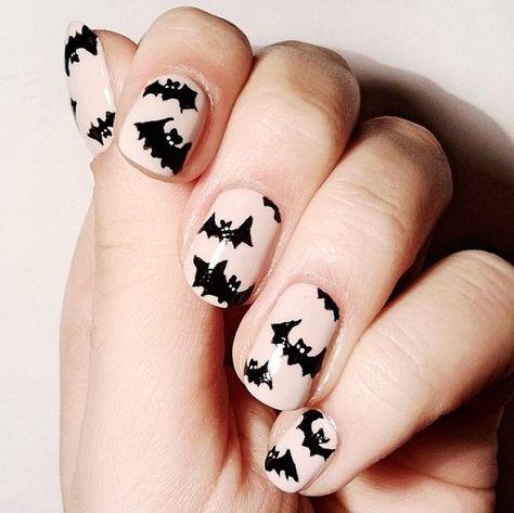 Halloween-Fledermaus-Nagellack