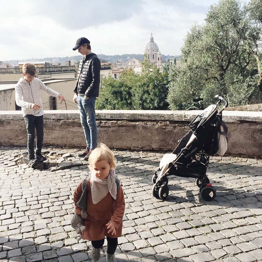 Rom-mit-Kindern
