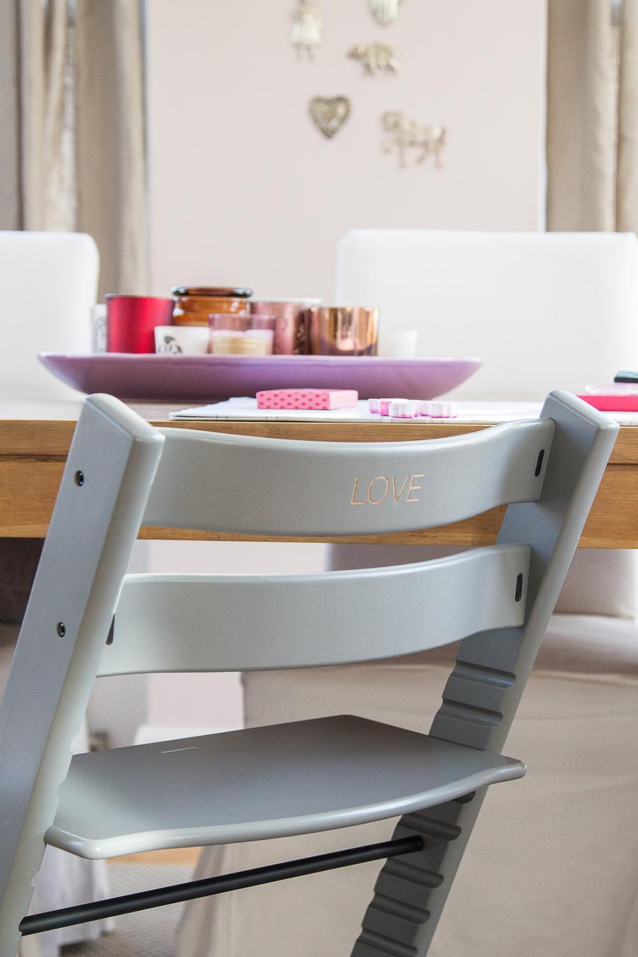 stokke tripp trapp mit gravur mother 39 s finest. Black Bedroom Furniture Sets. Home Design Ideas