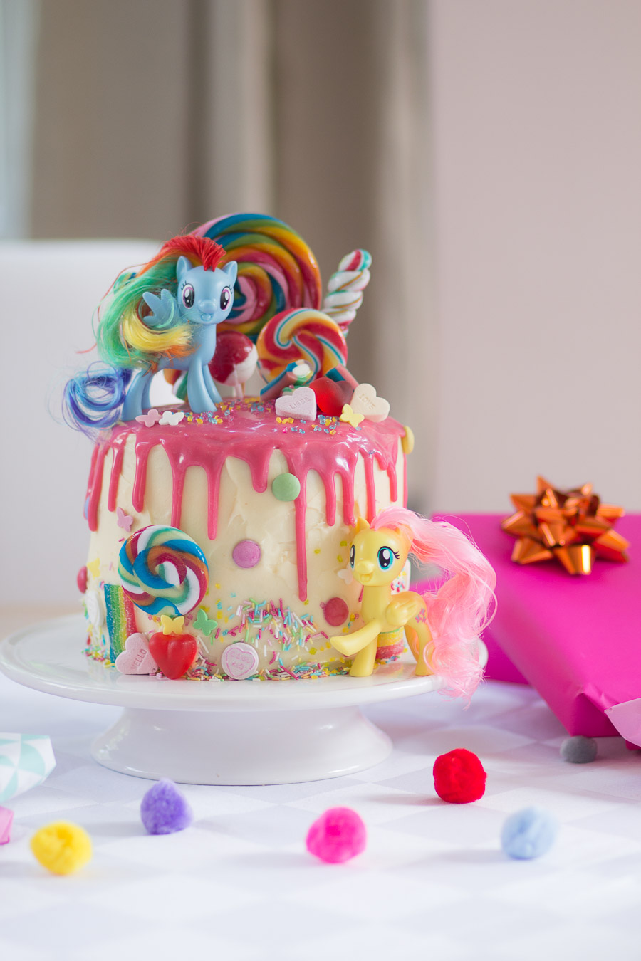 my little pony torte zum 4 geburtstag mother 39 s finest. Black Bedroom Furniture Sets. Home Design Ideas