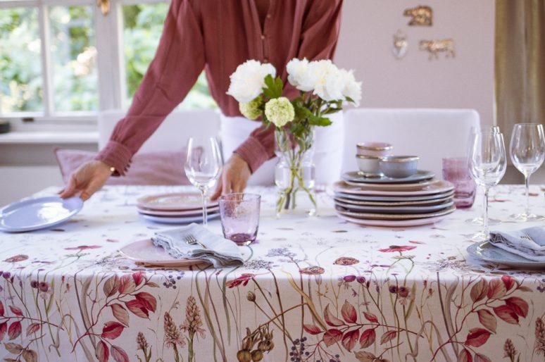 Tischtücher für drinnen und draussen